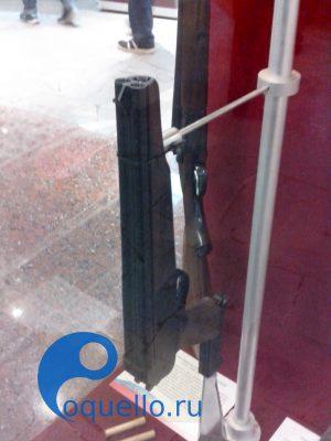 Музей оружия Тула, трехствольный пистолет с мачете ТП82